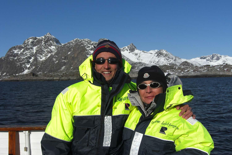 Bru & Bru agencia de viajes exclusivos - OceanSky Cruises, expedición al Ártico. Javier Arjona y Ana Bru